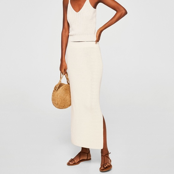 a34d28e493 Mango Cotton Knit Textured Slim Midi Skirt Slit. M_5b53a27347736820ad195d71